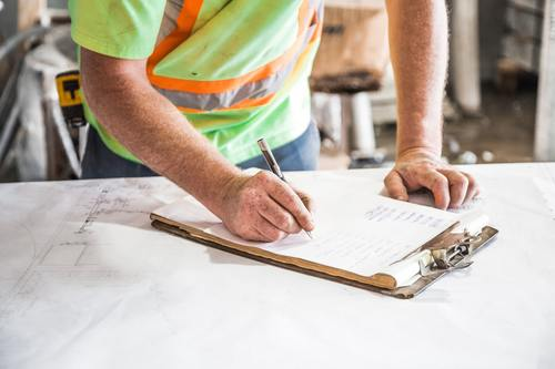 Steps To Maintaining A Contractor's License In Virginia